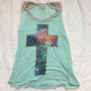 Delia's loose t-shirt